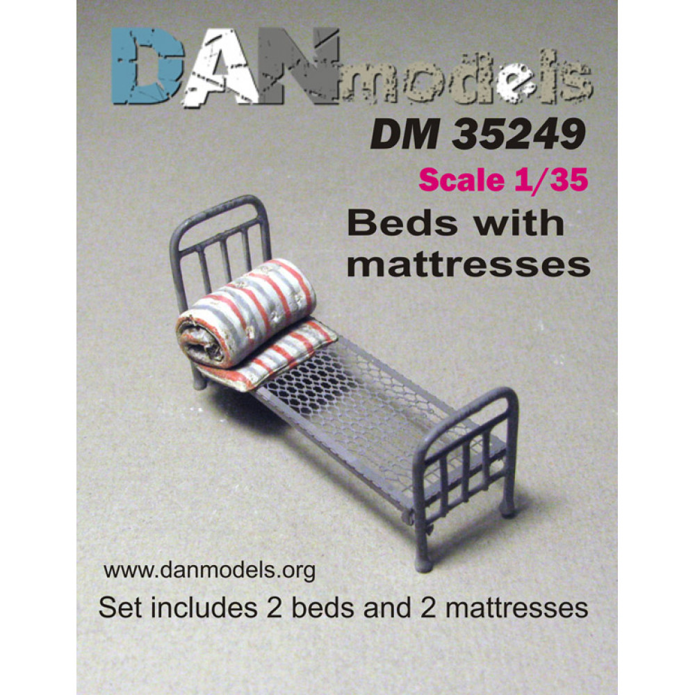 Beds with mattresses 1/35 DANmodels  35249