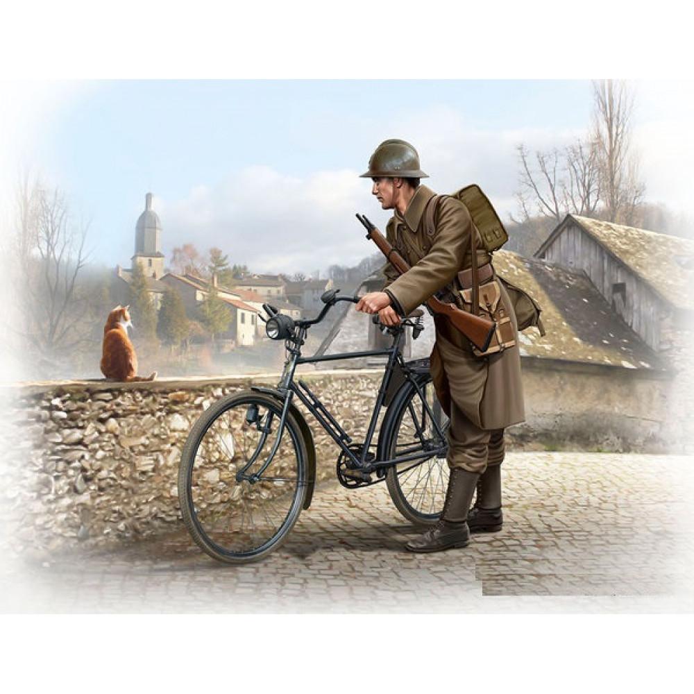 French soldier, WWII era  1/35 MasterBox 35173