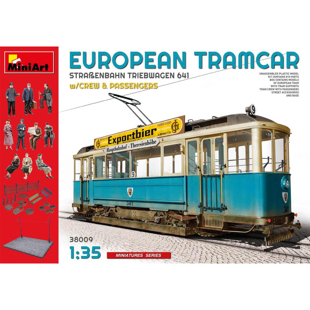 European Tramcar + crew & passangers  1/35 MiniArt 38009